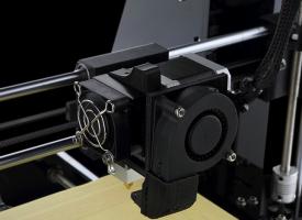 Khuyến mãi – Bộ kit tự chế máy in 3D Reprap cực kì rẻ!