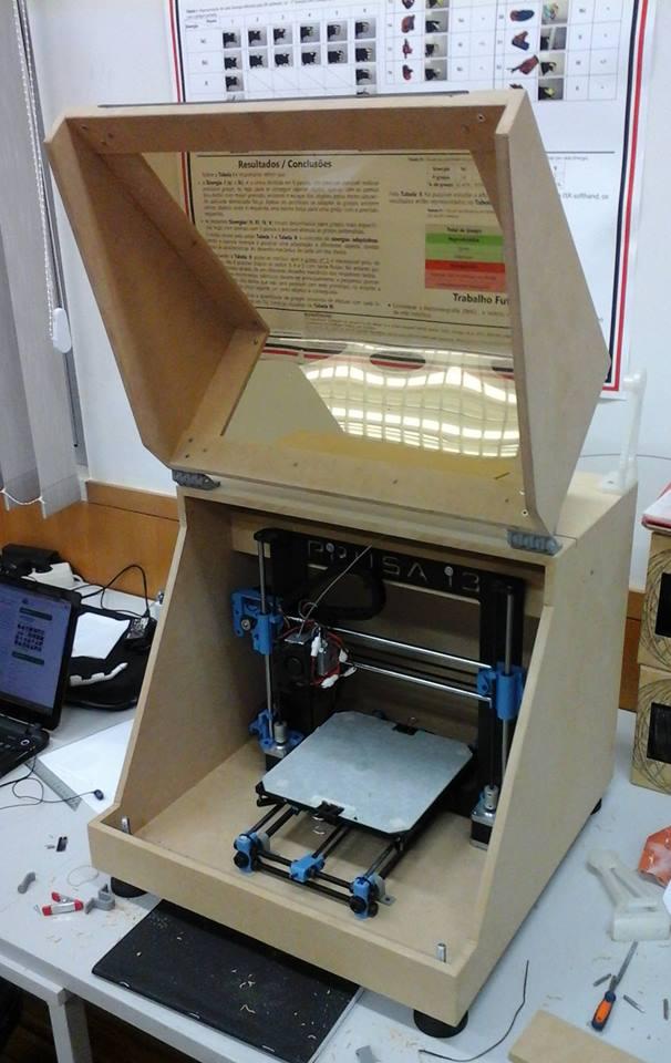 Có nên chế hộp chứa máy in 3D Reprap Prusa?